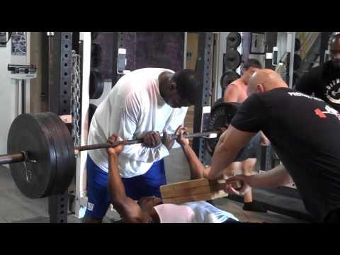 DeFrancosGym.com: Board Pressing on Max-Effort Upper Body Day