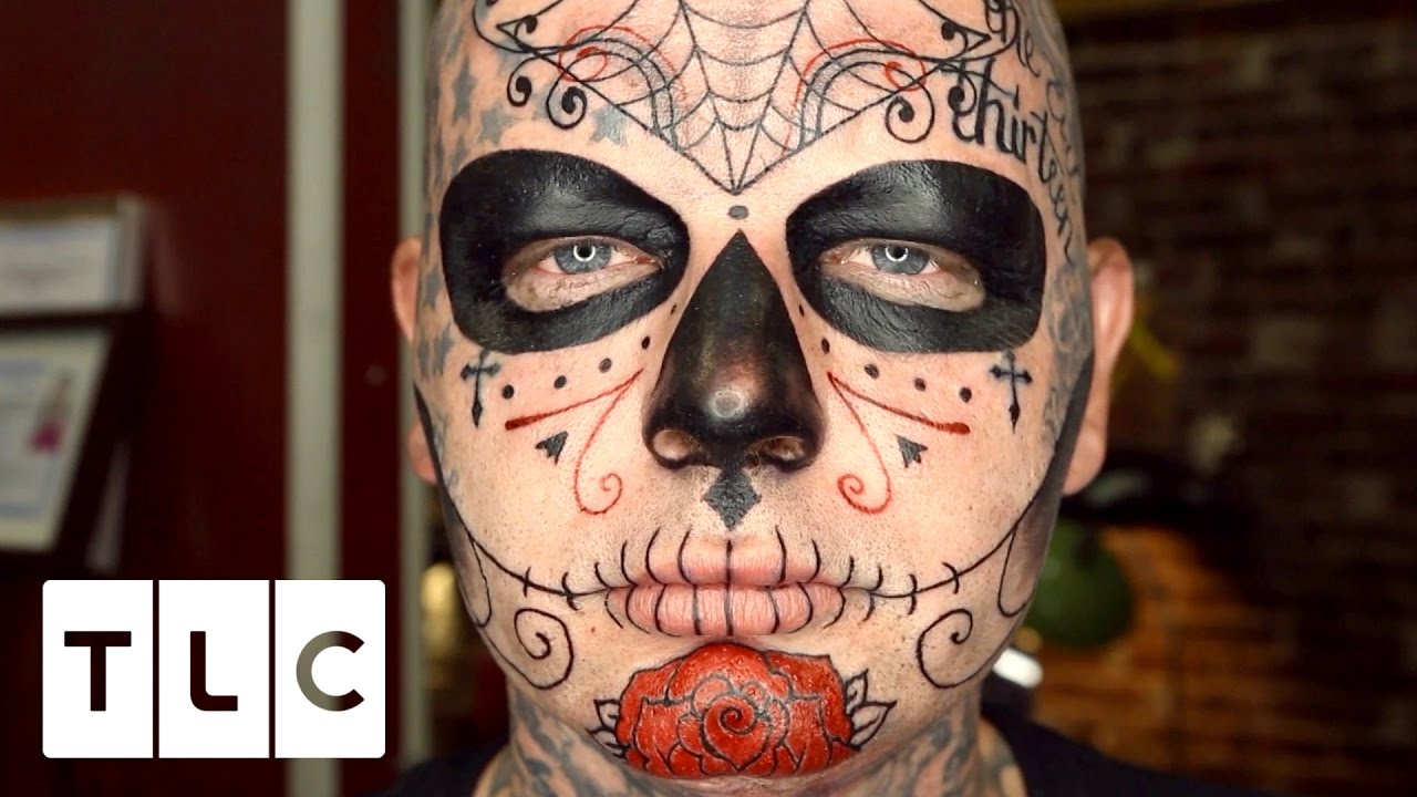 5038fcd7ca397 EXTREMELY Painful Face Tattoo | Tattoo Girls - YouTube