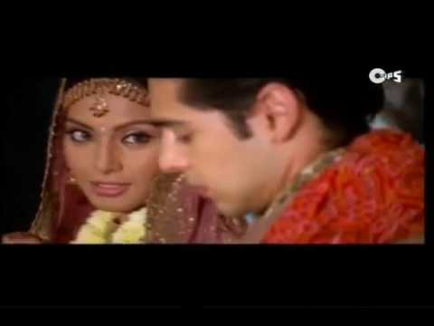 Main Agar Saamne MP4 Song   Raaz 2002