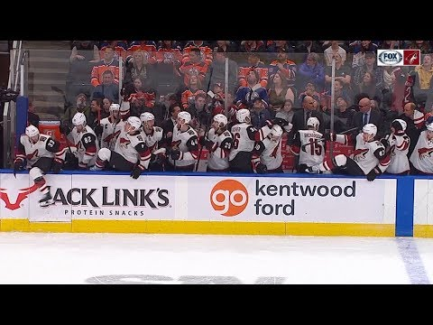 Coyotes and Oilers battle for win in the shootout