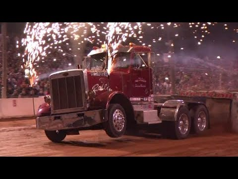 Lucas Oil Hot Rod Semi Trucks Pulling At Buck