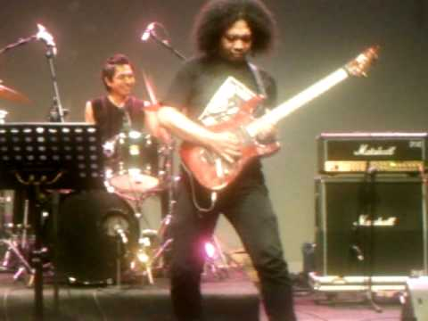 a tribute to michael angelo batio - no boundaries by puguh kribo band