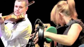 SHARON SHANNON & DEZI DONNELLY VIOLIN SOLO, CAVAN FLEADH CHEOIL 2010, JAMES BROWN