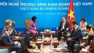Các hoạt động của Thủ tướng Nguyễn Xuân Phúc bên lề Hội nghị Thượng đỉnh kinh doanh Việt Nam