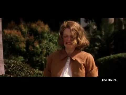Julianne Moore Loves to Cry...