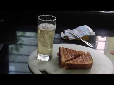 Grilled Cheese Tomato Sandwich Quick & Easy