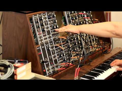 Kosmische Musik style with Synthesizers.com modular synthesizer