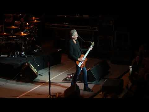 Go Your Own Way - Lindsey Buckingham - Town Hall New York 12/4/2018