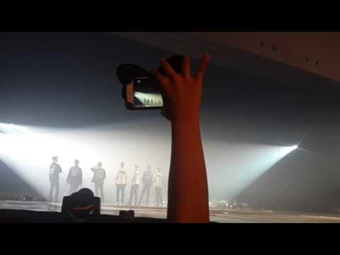 160227 The EXO luXion in Jakarta, Indonesia Promise - Sing For You - Ment(fans singing alongT_T)