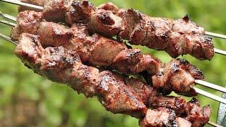 Самый вкусный шашлык из баранины. Рецепт маринада, чтобы мясо было мягким(В этом видео хочу поделиться секретом, как замариновать шашлык из мяса баранины. Рецепт маринада довольно..., 2015-10-01T15:30:18.000Z)