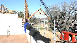 Hurricane House Timber Truss Erection 1