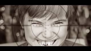 Elle a les yeux revolver - Marc Lavoine - clip version familiale