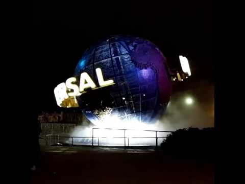 Universal Studios Orlando globe- Dec 8, 2014