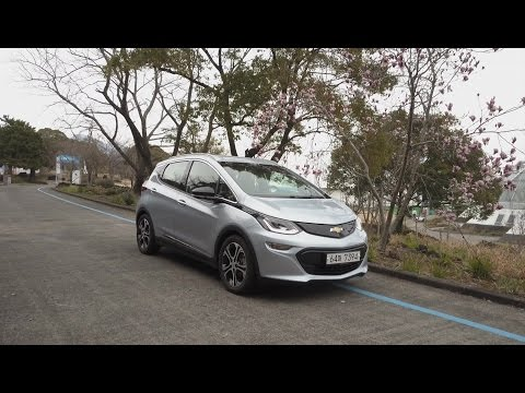 Driving Chevy Bolt EV 470 km/292 mi on a single charge