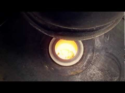 Melting Gold Bullion - Short Version HD