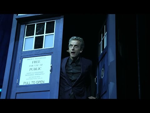 Mexican Wave for the Doctor and Clara! | Doctor Who: The World Tour | Doctor Who