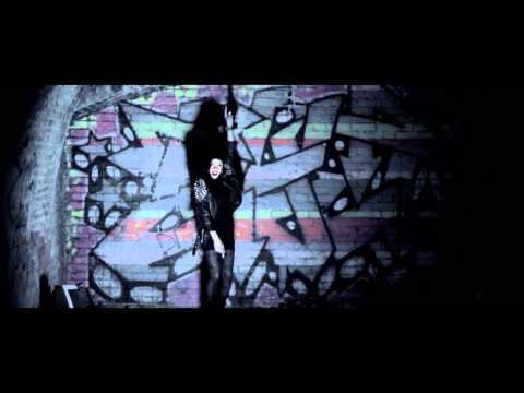 Sneakbo feat Lauran Alexandria - Fire