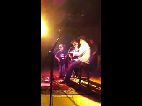 Gord Bamford Gives Guitar Away