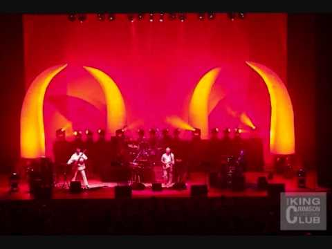 - King Crimson - 03 - The ConstruKction Of Light ( Live In Paris July 08 , 2003 )