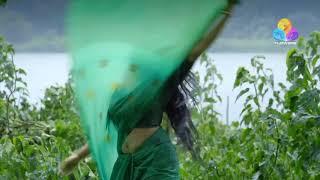 Tamar Padar actress Swasika Hot Rare  Navel show in Saree
