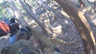 この動画は猟銃やナイフにより狩猟を行う動画です。 グロテスクなシーン...