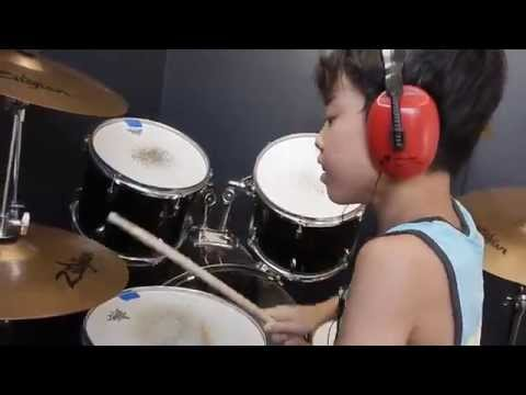 Basket Case - Green Day - Drum Cover by 11 Year Old Joh Kotoda