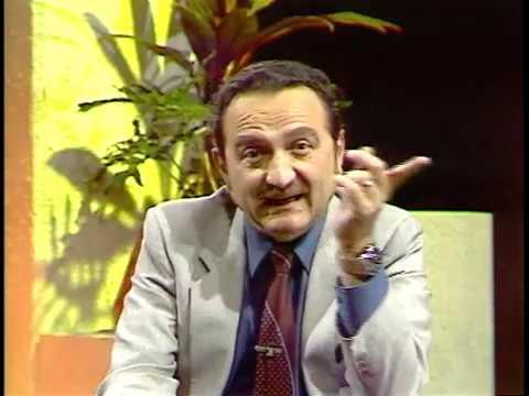 ALEJANDRO SALCEDO EN LA GUITARRA EN EL MUNDO 1983