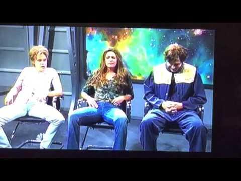 Kate McKinnon Makes Ryan Gosling Lose It On SNL