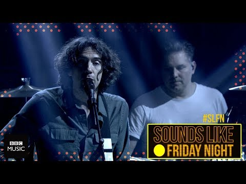 Snow Patrol - Don't Give In (on Sounds Like Friday Night)