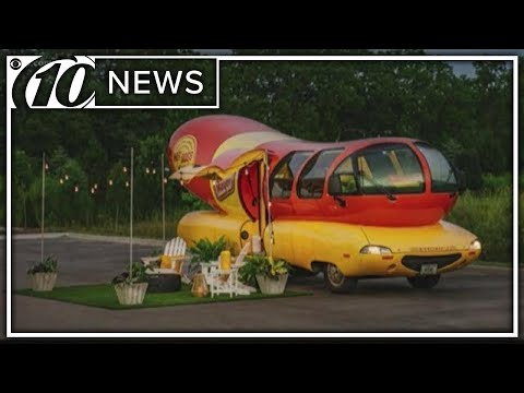 Aaron Zytle - You Can Rent The Oscar Mayer Wienermobile On Airbnb