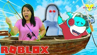 RYAN'S MOMMY FISHING IN SCARY CAMPGROUND IN ROBLOX! Let's Play Roblox with Big Gil