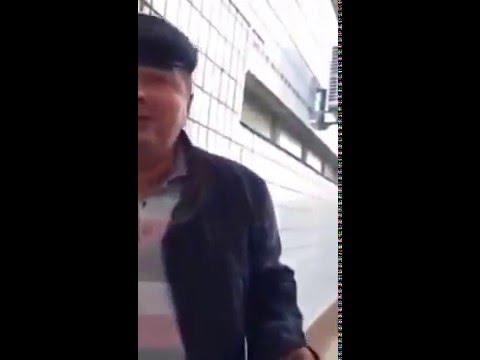 Мужик рассказывает анекдот