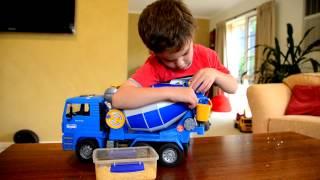 Repeat youtube video Tyler's Bruder Cement Mixer