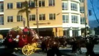 ROSE PARADE 2014: WELLS FARGO HORSE & BUGGY