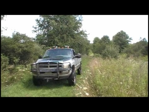 "Stock Horn vs Dual Air Horn ""Big Rig"" on a Dodge Ram 2500 Diesel (Assured Automotive Products)"
