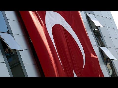 AB'nin Türkiye İlerleme Raporu: 'Temel...