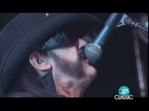 Slash feat. Lemmy and Dave Grohl – Ace of Spades (2010 Revolver Golden Gods Awards)