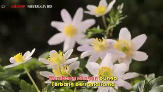 SANISAH HURI KUMBANG DENGAN BUNGA  LIRIK