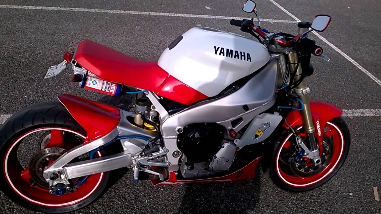 Yamaha R1 Street Boy