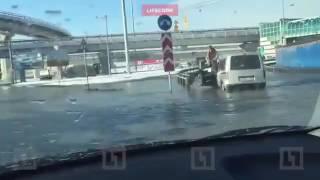Пулковское шоссе ушло под воду