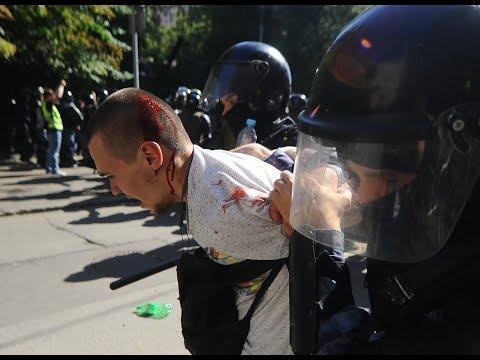 Массовые задержания в Москве после акции у мэрии. Live
