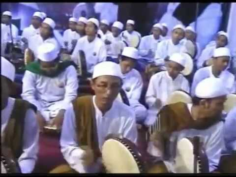 Alfa Sholallah_Tholama ألف صلی الله voc Gus Zamam with 1000 Penerbang Rebana Ahbabul Musthofa