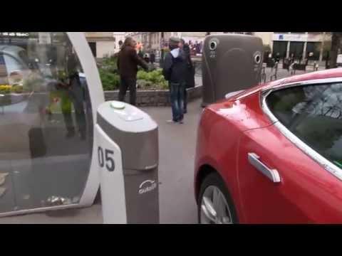 Charging Tesla on Autolib in Paris