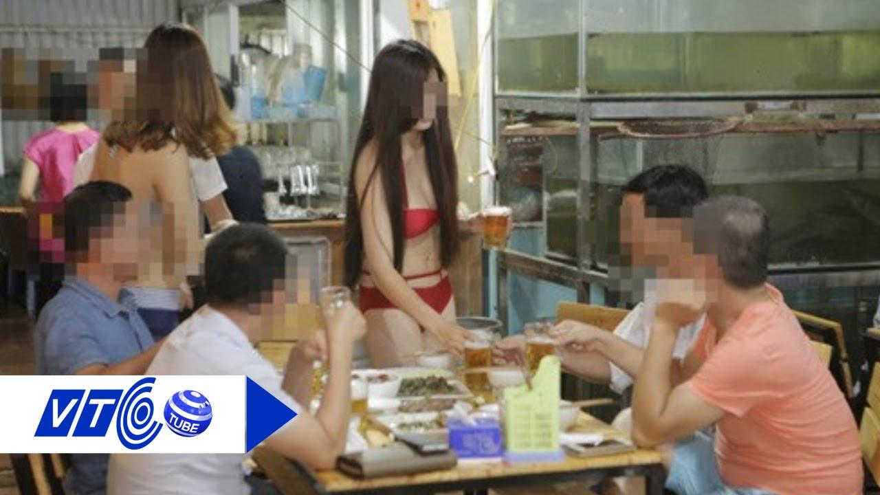 Full Đình chỉ nhà hàng cho PG mặc bikini rót bia   VTC