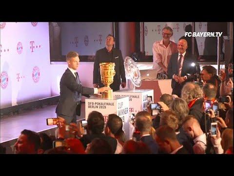 شاهد: احتفالات لاعبي بايرن ميونخ بعد إحراز الثنائية المحلية…  - نشر قبل 4 ساعة