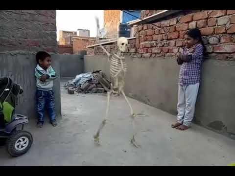 Lal Dupatte Wali Tera Naam To Bata MP3 song
