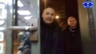 Пьяный сотрудник полиции пришел на разборки в Макдональдс