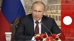 "Putin signs law banning homosexual ""propaganda"""