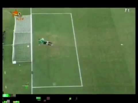 TinTheThao com vn   Video  Trọng tài tặng một bàn thắng cho Anh ở World Cup 1966 nên đã lấy lại vào năm 2010