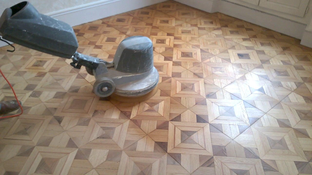 cirage d 39 un parquet ancien type versailles youtube